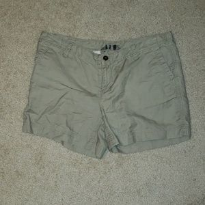 The north face khaki shorts